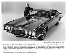 1970 Ford Thunderbird Automobile Photo Poster zc5039-CPGLO7