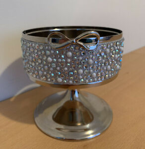 Bath & Body Works Silver Bow Gems Pearls Pedestal Stand Candle Sleeve Holder