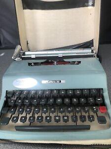 Vintage Olivetti Lettera 32 Typewriter with Case