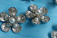 10 Silver Metal Buttons with Pearl Rhinestone 22 mm Flower Bridal Embellishment