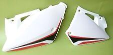 Plaques arrières blanches BE250620004-5 Gasgas origine
