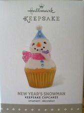 Hallmark 2015/16 - Keepsake Cupcakes - New Year's Snowman - 6th Monthly