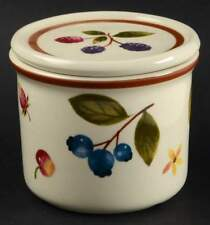 "Longaberger ""Berry"" 1 Pint Crock with Coaster/Lid"