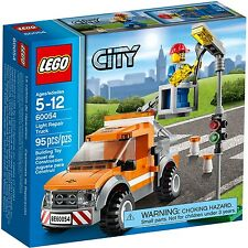 Lego City 60054 Light Repair Truck BNIB retired city workers tradesman worker