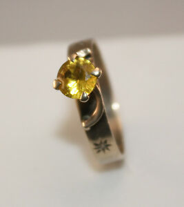 100% Vintage 9k Solid Gold 0.75ct Citrine Solitaire ring diamonds. Size 7.5 USA