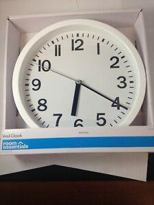 "9"" Round Wall Clock - Room Essentials White"