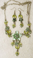 vintage style jewelry set crystal flower Green necklace earrings Silver tone set