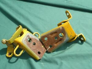 1986 USED FORD LTD RIGHT FRONT DOOR HINGES