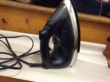 Black Sunbeam Steam And Dry IRON 1200 Watt Iron In Good Condition