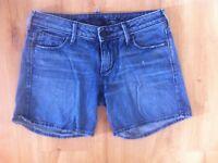 Ladies Blue Denim TRUE RELIGION Shorts Size 27 Fits Size 12