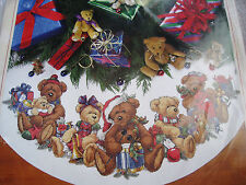 Dimensions Counted Cross Stitch Tree Skirt KIT,CHRISTMAS BEARS,Teddy,Family,8693