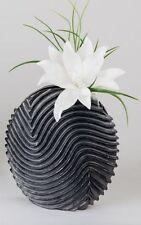 Vasi nero in ceramica per la decorazione della casa