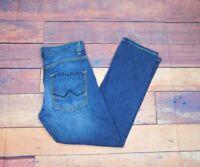 "DKNY Women's Castro Straight Medium Wash Jeans Size 32"" Waist x 30"" Length"