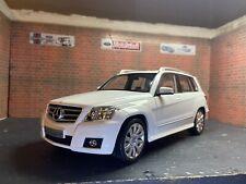 Mercedes-Benz GLK-Class 2009 Minichamps:18 White Diecast Model Car-Boxed