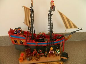 VINTAGE PLAYMOBIL PIRATE SHIP with extras, pirate figs etc (incomplete)