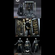 -=] HOT TOYS - Batman Armory with Batman [=-