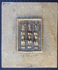 Line Vautrin - Les Trois Grâces - plaque en bronze signée.