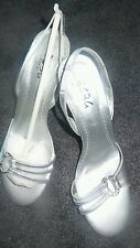 *SILVER METALLIC* WOMEN'S BCBG PARIS STAPPY SANDALS (NEW)