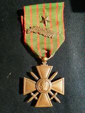 D11Ju) Médaille MILITAIRE croix de guerre 1914 1918 palme French medal