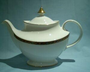 Royal Doulton Kendal Large Tea Pot H5171 VGC