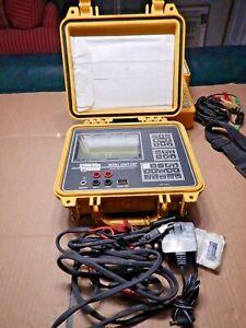 Riser Bond Dual Metallic TDR Cable Fault Locator Model:- 1205T-OSP NEW BATTERY