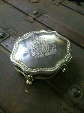 VINTAGE INTERNATIONAL SILVER FOOTED SILVER PLATE JEWELRY BOX w/ LION & CREST