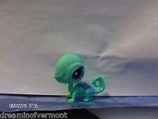 Littlest Pet Shop -Green Lizard ~ Candy Swirl Blind Bag Set #3318