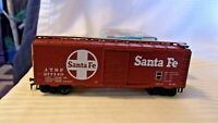 HO Scale Athearn 40' Box Car, ATSF Santa Fe, Brown #277149, Built