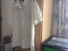 Beautiful Adam Collection short sleeved blouse. New without tags size 16.