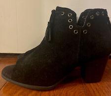 womens minnetonka boots size 8 Black
