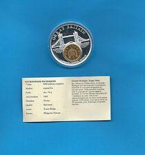 Médaille Grande-Bretagne Tower Bridge avec une monnaie de 1 Penny