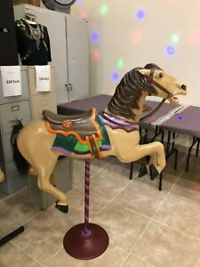 Allen Herschell carousel horse