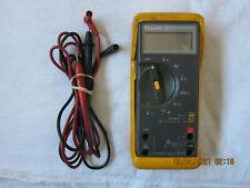 Fluke 79 Series  Handheld Portable Digital True RMS Mulitmeter