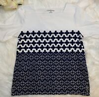 Croft & Barrow Short Sleeve Blue & White Cotton Print Top Size M Petite Silver