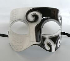 Greek / Roman / Venetian Mens Party Masquerade Face Mask - White & Black - NEW