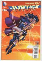 Justice League #12 (Oct 2012, DC) [Superman Wonder Woman Kiss] Jim Lee A