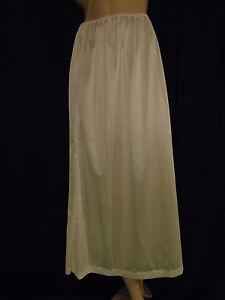Women's Light Yellow/Ivory Nylon Long Half Slip 3XL Waist 32-42  Length 34 New
