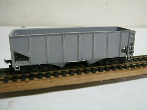 "MARX ""H0"" GAUGE # UNDECORATED GRAY HOPPER CAR-NICE!"