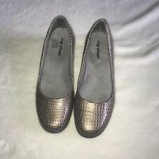 Easy Street Womens Shoes Loafers Snake Print Slip On Size 8