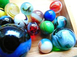 Vintage Marbles Lot Of 50 Peltier Akro Agate Christensen Agate Marble King More