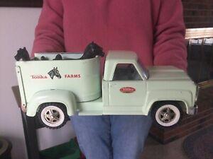 Vintage Tonka Trucks Pressed Steel Farms Truck Horse Truck 1960 (Nice!)