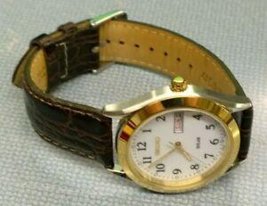 Working Seiko Solar Men's Wristwatch SNE056