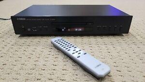 Yamaha CD-S300BL Natural Sound CD Player - BLACK Bundle with Remote