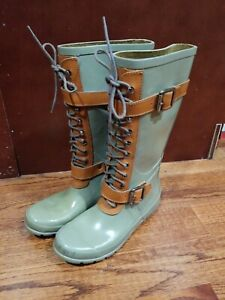 BCBGMaxAzria Women's 7B Cute Lace Rubber Rain Boots Wellies combat