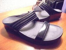 "Women's 10 FitFlop ""Walkstar"" Black Patent Slides Sandals. #187-001 Wobbleboard"