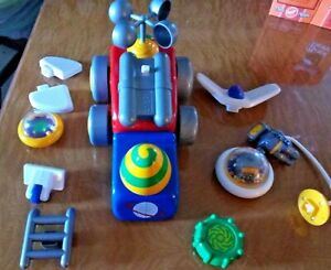 Chicco Motorized Space Ship Building toy Battery operated Astronaut Robotics