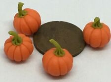 1:12 Scale 4 Small Size Pumpkins Tumdee Dolls House Miniature Kitchen Vegetable