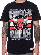 CHICAGO BULLS T-SHIRT.  NBA.  MITCHELL & NESS.  HARDWOOD CLASSICS.  BLACK.