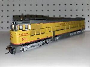 Athearn HO Scale Union Pacific U50 Diesel #36 - NEW DC