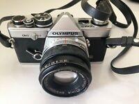 OLYMPUS OM-2 CAMERA + 200 mm lens + original vintage case